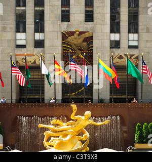 Prometheus statue, Rockefeller center - Stock Photo