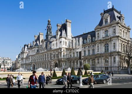 The Hotel de Ville (Town Hall), 4th Arrondissement, Paris, France - Stock Photo