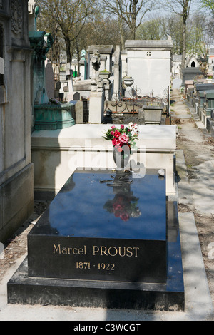 The grave of the French writer Marcel Proust in Pere Lachaise Cemetery, 20th Arrondissement, Paris, France - Stock Photo