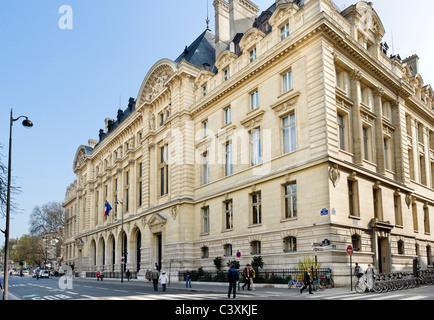 Entrance to the Sorbonne on Rue des Ecoles, Latin Quarter, Paris, France - Stock Photo