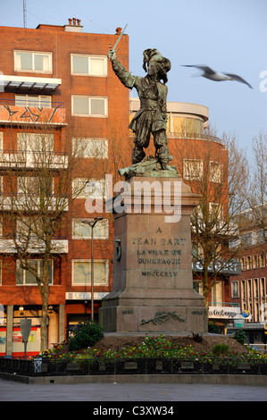 Dunkerque,Nord,Nord-Pas-de-Calais,France. Jean Bart statue,French Naval Commander 1651-1702 - Stock Photo