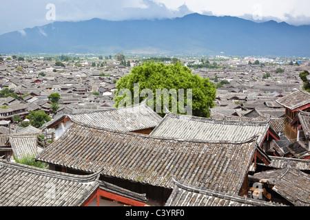 lijiang: the ancient town of dayan - Stock Photo