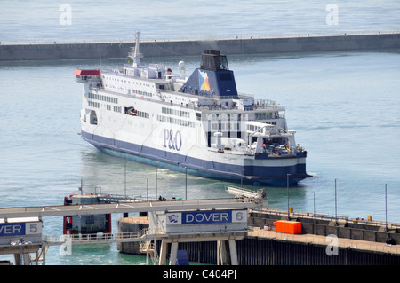 Port of Dover Ferry Terminal in the Eastern Docks and P&O service arriving - Stock Photo