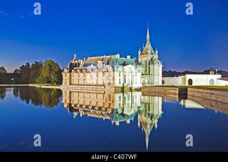France, Europe, Villandry, Picardy, castle, world cultural heritage, at night, water, reflection - Stock Photo