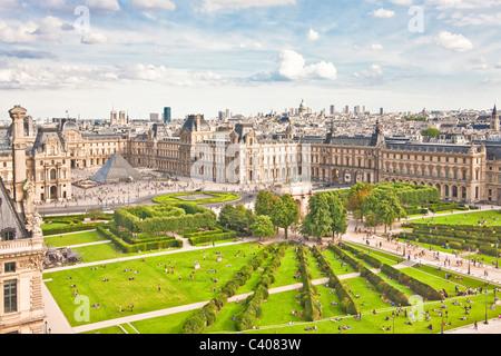 France, Europe, Paris, Tuellieries, park, Louvre, museum, tourist, traveling - Stock Photo