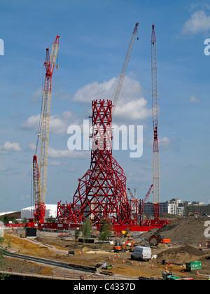 ArcelorMittal Orbit, Anish Kapoor's sculpture, under construction on the London 2012 Olympics site, Stratford, London, England