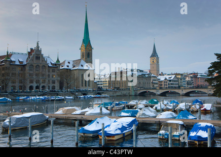 Zurich, Switzerland, canton Zurich, town, city, Old Town, river, flow, Limmat, boats, houses, homes, churches, snow, - Stock Photo