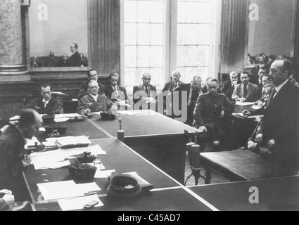 Roland Freisler, Gerhard Goerisch, Ernst Lautz, Paul Lejeune-Jung in the People's Court, 1944 - Stock Photo