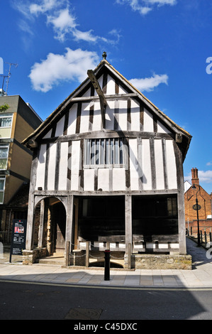 The 13th century medieval house is one of the earliest surviving merchants houses in England, Southampton - Stock Photo