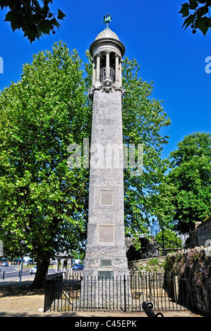 The Mayflower Memorial which commemorates the departure of the Pilgrim Fathers from Southampton in 1620 - Stock Photo