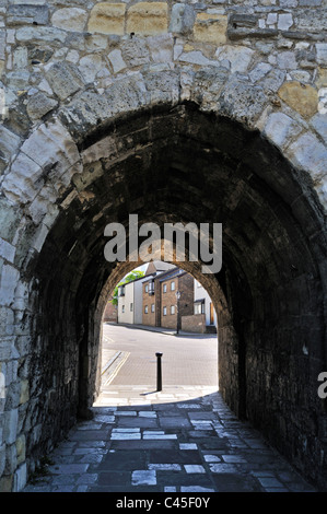 The passageway through the medieval Westgate which once was the only access to and from the town to the Quay, Southampton - Stock Photo