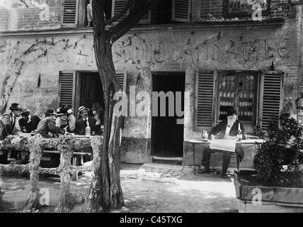 Armand Fallieres at the sidewalk cafe 'Au Lapin Agile' on Montmartre - Stock Photo
