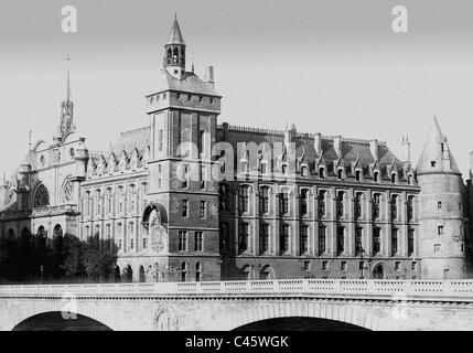 La Conciergerie in Paris - Stock Photo