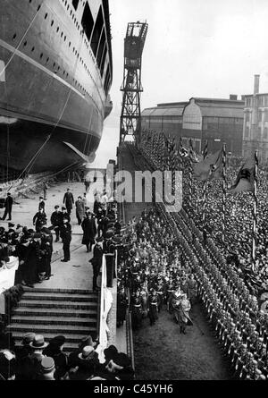 Aircraft carrier 'Graf Zeppelin' at its launch in Kiel, 1938 - Stock Photo