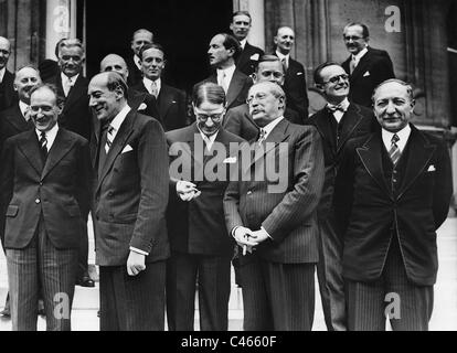 Camille Chautemps, Jozef Beck, Leon Blum and Yvon Delbos in front of the Foreign Ministry in Paris, 1937 - Stock Photo