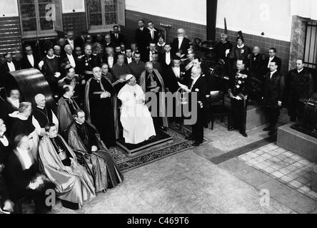 Pope Pius XI. at an inauguration of an electricity plant, 1931 - Stock Photo