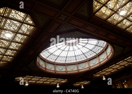 Roof detail Edinburgh station Scotland - Stock Photo