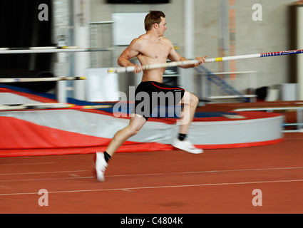 Olympic pole vaulter Nick Cruchley in training at University of Loughborough High Performance Athletics Centre, - Stock Photo