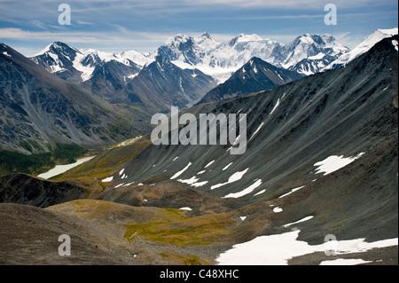 The trail from Mt. Belukha to Lake Kucherla, Mtn. Belukha Park, Altai Republic, Siberia, Russia - Stock Photo