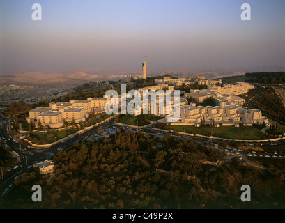 Aerial photograph of the Hebrew University on the summit of mount Scopus in Eastern Jerusalem - Stock Photo