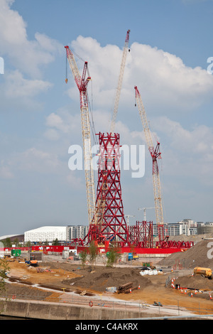 Anish Kapoor's Olympic 2012, Mittal Orbital tower under construction, London,Stratford, England, United Kingdom. - Stock Photo