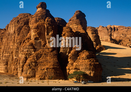 Saudi Arabia, Madinah, Al-Ula. Tourists enjoy 4WD excursions in the spectacular wadis and rugged hills that comprise - Stock Photo