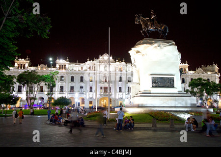 Plaza San Martin located within the Historic Centre of Lima, Peru. - Stock Photo