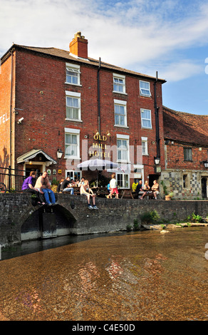 The Old Mill Hotel (The old Harnham mill), Salisbury (New Sarum), Wiltshire, England, UK, Western Europe. - Stock Photo