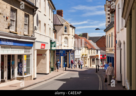 Shaftesbury, Dorset, England, UK town centre high street - Stock Photo