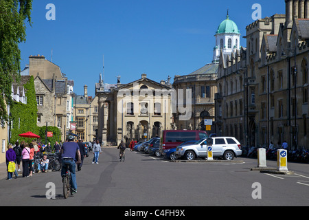 Broad Street looking to the Sheldonian Theatre, Oxford city centre, Oxfordshire, England, UK United Kingdom, GB, - Stock Photo