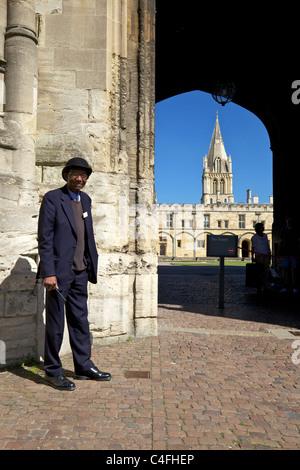 Custodian by Tom Tower, Christ Church College, Oxford University, Oxford,  England, UK, United Kingdom, GB, Great - Stock Photo