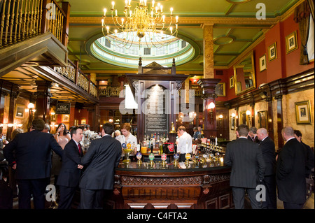 The Counting House pub in the City of London, UK - Stock Photo