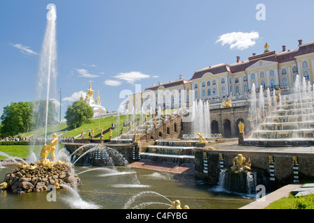 Russia , St Petersburg , Peterhof , Petergof , Baroque Peter The Great Palace built 1721 Samson & The Grand Cascade - Stock Photo