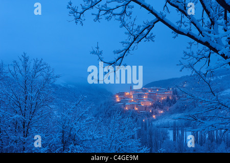 Preci at dawn in winter, Valnerina, Monti Sibillini National Park, Umbria, Italy - Stock Photo