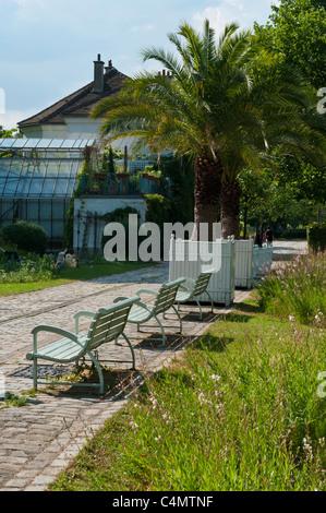 Bercy Park, Paris Rive Gauche neighborhood, Paris, France - Stock Photo