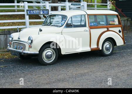 White Morris Minor 1000 traveller estate classic - Stock Photo