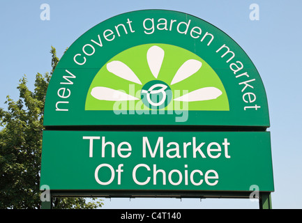 Sweet Covent Garden Market Sign Stock Photo Royalty Free Image  With Fair Sign Outside The Entrance To The New Covent Garden Market In Battersea  South London With Appealing Burnby Hall Gardens Opening Times Also Perfume Shop Covent Garden In Addition David Clulow Covent Garden And Marshall Gardens As Well As White Garden Furniture Uk Additionally Garden Of Evil  From Alamycom With   Fair Covent Garden Market Sign Stock Photo Royalty Free Image  With Appealing Sign Outside The Entrance To The New Covent Garden Market In Battersea  South London And Sweet Burnby Hall Gardens Opening Times Also Perfume Shop Covent Garden In Addition David Clulow Covent Garden From Alamycom