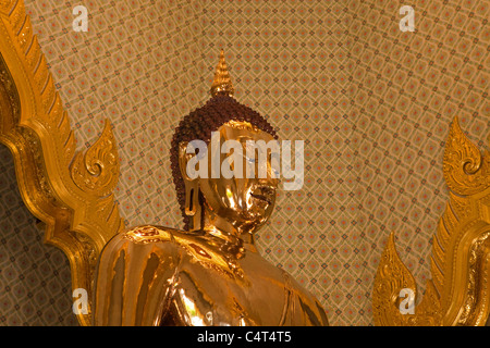 This is the Sukhothai Traimit Golden Buddha, it is the largest Golden Buddha Image in the world, it weighs approximately - Stock Photo