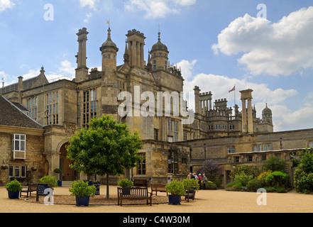 Burghley House, Stamford, considered one of the finest of the grand Elizabethan houses built during the 16th century. - Stock Photo