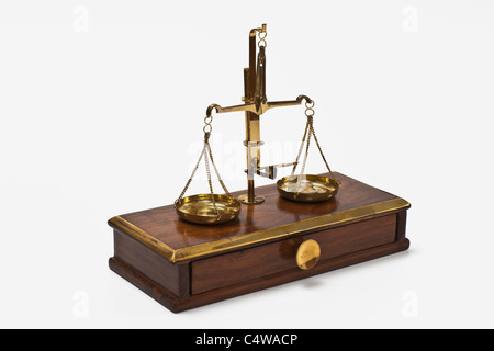 Detailansicht einer alten Apothekerwaage | Detail photo of a old druggist balance - Stock Photo