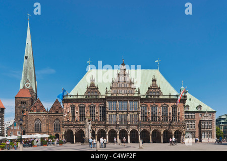 Bremen guildhall and Church of Our Lady, Germany, Europe