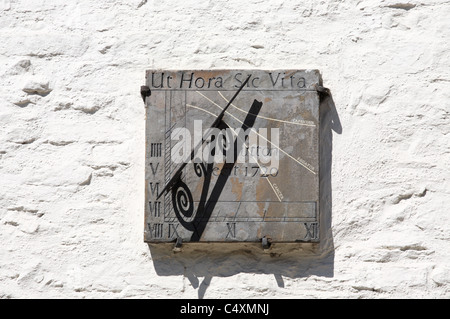 Georgian sundial on a listed building in Bridge Street, Richmond, North Yorkshire, England, UK - Stock Photo
