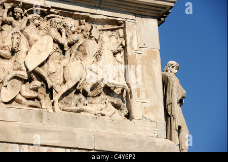 italy, rome, arch of constantine, bas relief - Stock Photo