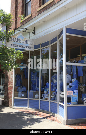 Franklin Street store selling UNC men's basketball Tar Heels memorabilia, Chapel Hill, North Carolina, USA - Stock Photo