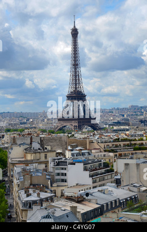 The view from the top of the Arc de Triomphe looking over the rooftops towards the Eiffel Tower, Paris, France. - Stock Photo