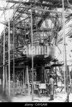 Gondola of new Zeppelin being built - Stock Photo