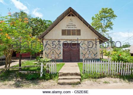 A Seventh Day Adventist church in the Shipibo community of San Francisco, Yarinacocha, Pucallpa, Ucayali, Peru - Stock Photo