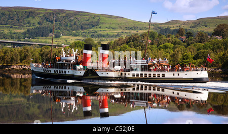 The PS Waverley Paddle Steamer sailing down the River Clyde at Erskine, Scotland. - Stock Photo