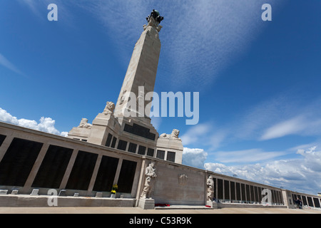 Portsmouth Naval Memorial on the seafront at Southsea Common. - Stock Photo