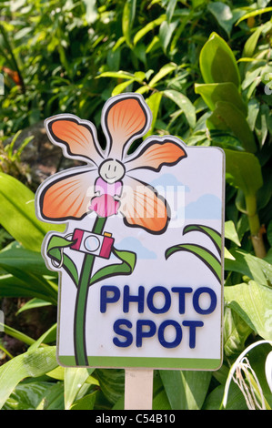 Sign for 'photo spot', Singapore Botanic Gardens, Singapore, Southeast Asia, Asia - Stock Photo
